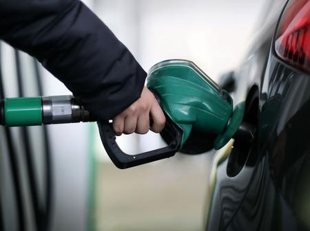 Experts Say That Gasoline Price Jump By 20 Cents Due To Extreme Cold