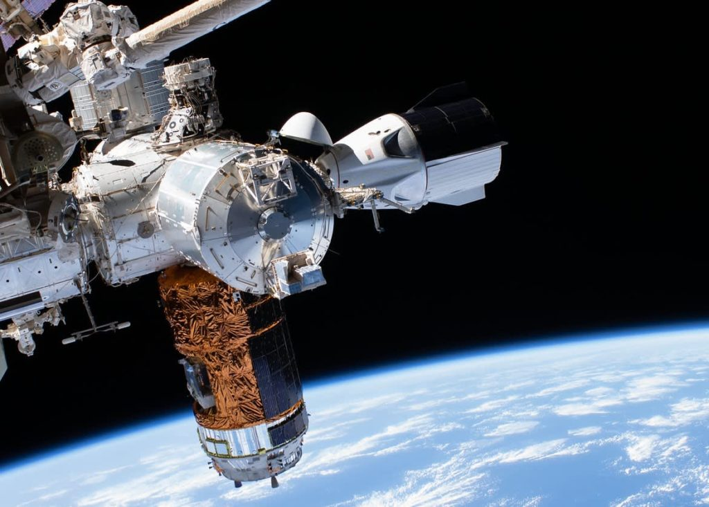 NASA Unveils $400 Million Program To Allow Private Companies Build New Space Stations
